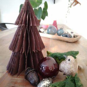 2020 - Papir juletræ i papir fold fra Skinbjerg - aubergine - 20 cm