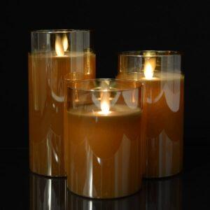 3 stk. LED Stearinlys i glas med bevægelig flamme og fjernbetjening Guld