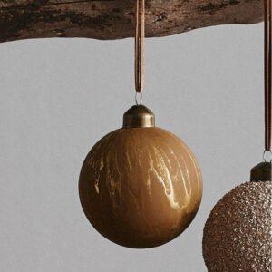 """Julekugler """"Artful"""" lys brun m/ mønster - Nordal 8 cm"""