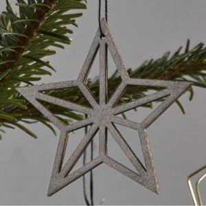 Stjerne af træ hvid / sølv - Nordal 4 stk.