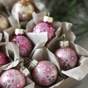 0 - 2021 - glas julekugler i æske Ib Laursen - 9 stk. - Ø3 cm